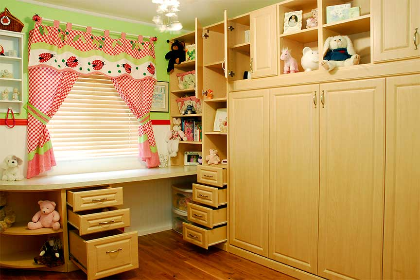 Horizontal Murphy bed with side drawers for children's rooms